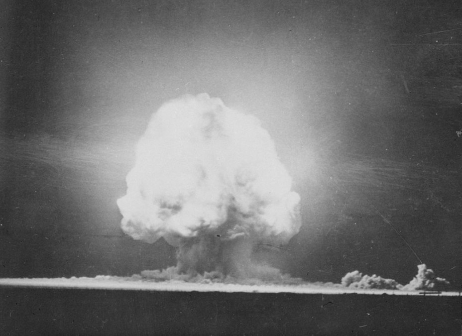 Once-secret films of US nuclear bomb testing made public ...