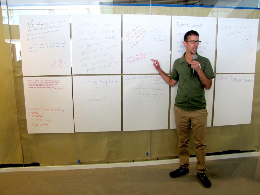 Joaquin Alvarado, CEO at The Center for Investigative Reporting, explains a design sprint to attendees.