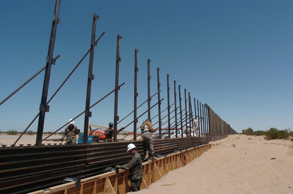 850 Miles Of Us Mexico Wall Not Needed Ex Border Officials Say Reveal